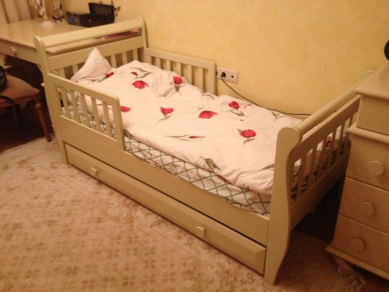 Детские кровати с года массив  орел