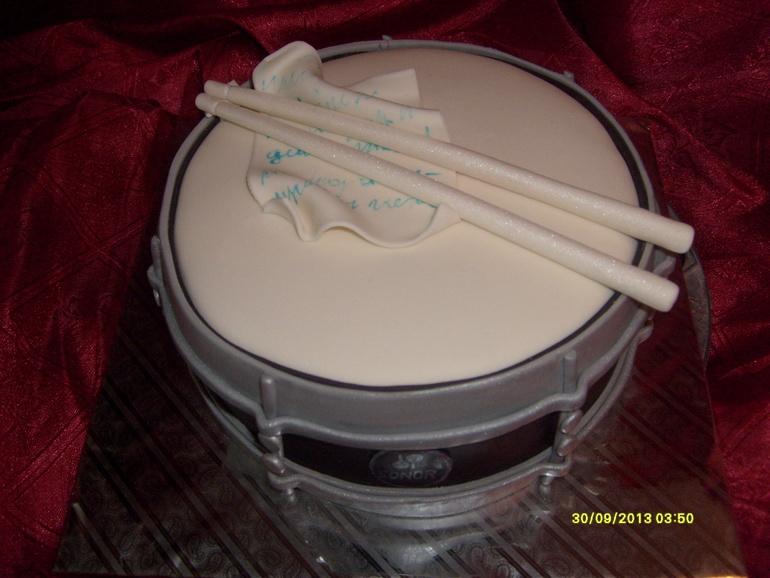 Мастика в барабанах наливные полы с кнауф
