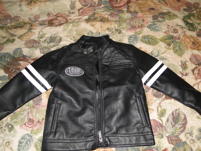 Куртка фирмы Рumkin patch на 3 г. 1300р.(почта)