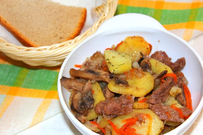 Что приготовить с говядиной на ужин в мультиварке
