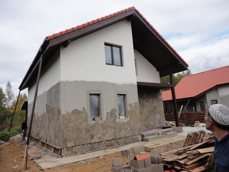 Коттеджи построенные своими руками 177