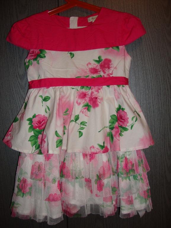 Одежда  для  девочки  3-5  лет  Б/У.  В  хорошем  состоянии.