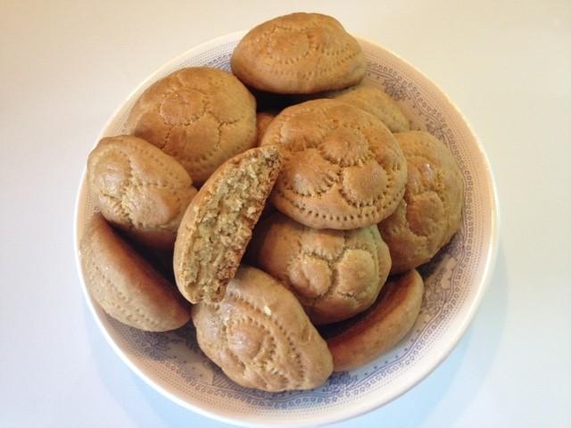 Пшенично-кукурузные печеньки на растительном масле.