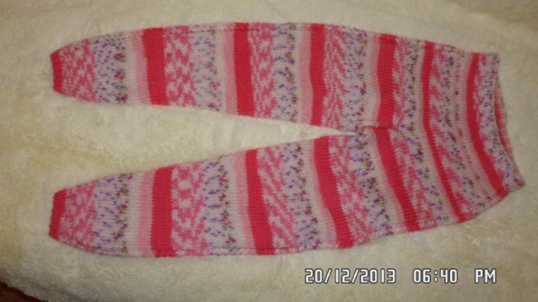 Свитерок и штанишки для Лизы