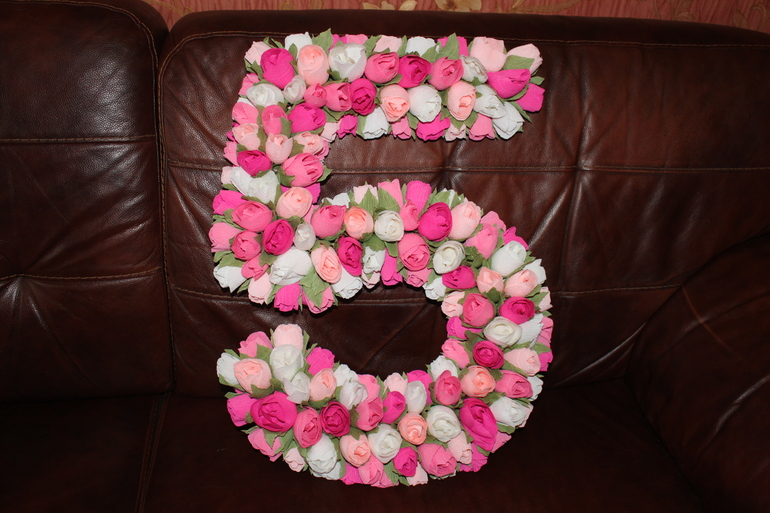 Цветы из салфеток для цифры своими руками 615