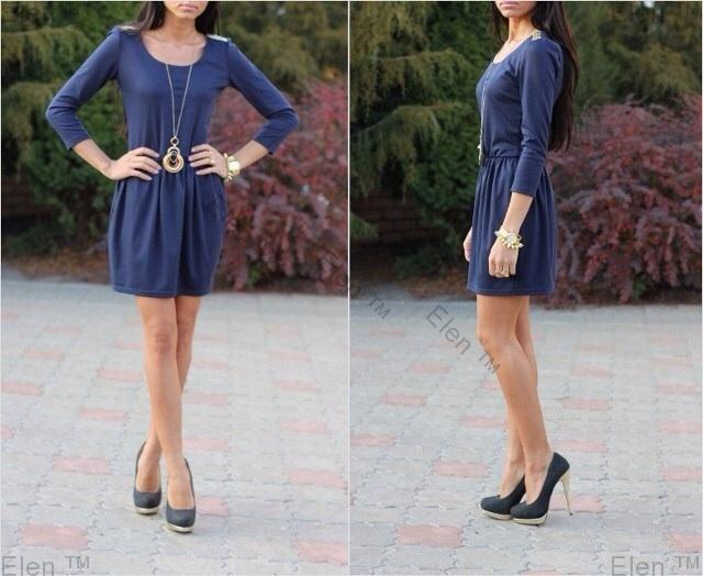Пристрою платье ТТ бирюзового цвета, размер М, цена 1000 рублей.