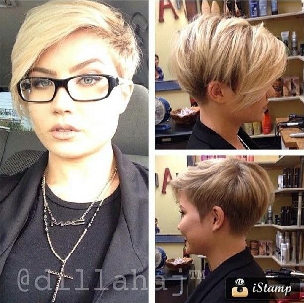 Короткая причёска с длинной чёлкой