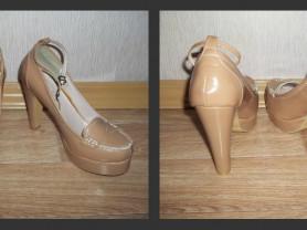 Новые туфли телесного цвета