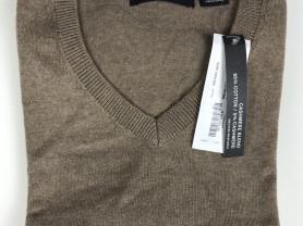 новый свитер Clairborne