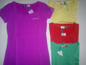 Новые красивые футболки !!!  4 цвета! 44-46рр