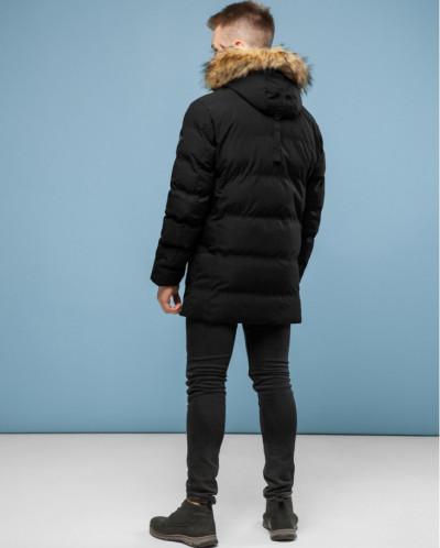 Утепленная куртка черного цвета модель 6937