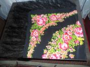 Платки цветные с бахромой.