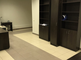 стеллаж и шкаф