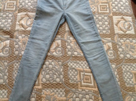 Новые женские джинсы НМ