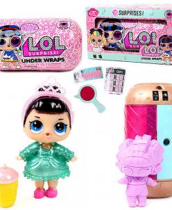 Кукла-сюрприз в шпионской капсуле