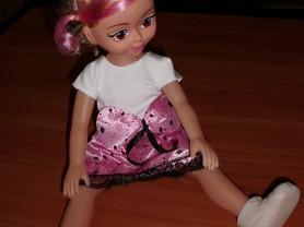 Кукла с мягким лицом и музыкальной пищалкой 42 см
