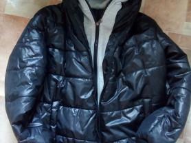 Куртка мужская р.48 две молнии и два капюшона