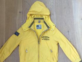 Курточка -ветровка Италия