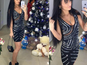 новое платье с зеркальными стразами