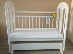 Детская кроватка Briciola-5 с маятником и матрасом