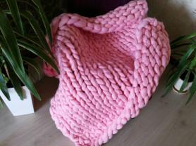 розовый плед из шерсти мериноса