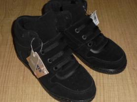 Новые ботинки Next с мигающей подошвой, 30 размер