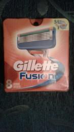 Gillette фьюжен кассеты 8 шт.оригиналы не Китай