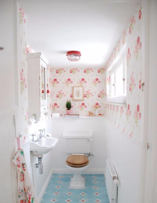Как сделать отделку в туалете на даче