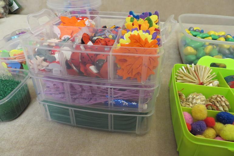 Сенсорные коробки для детей своими руками разный 9