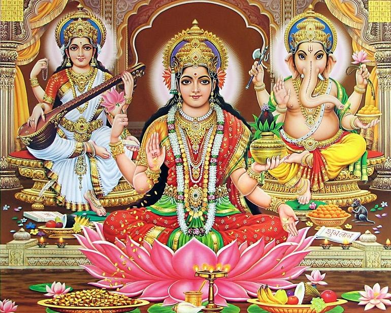 Лакшми-богиня изобилия, процветания, богатства, удачи и счастья...