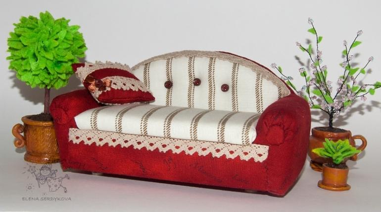 Кукла на диван своими руками