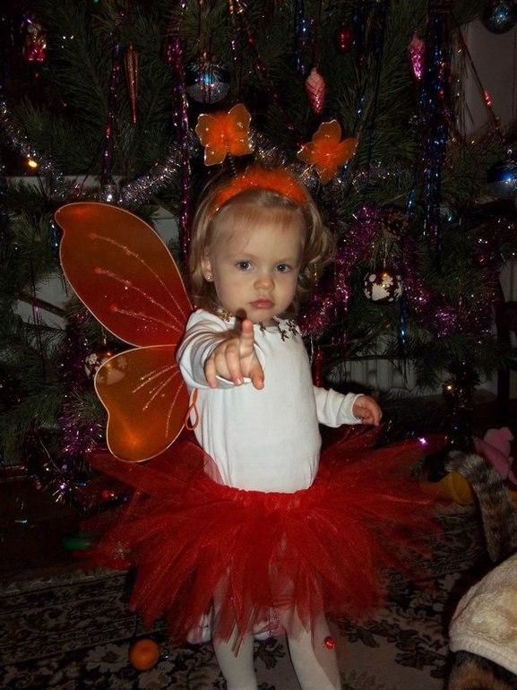 новогодняя бабочка
