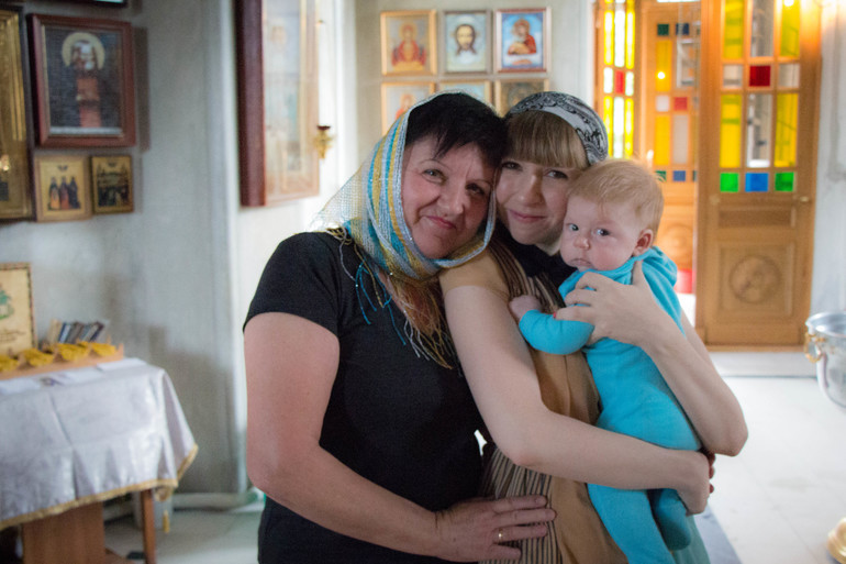 Покрестили Мирошу! Уррра)))