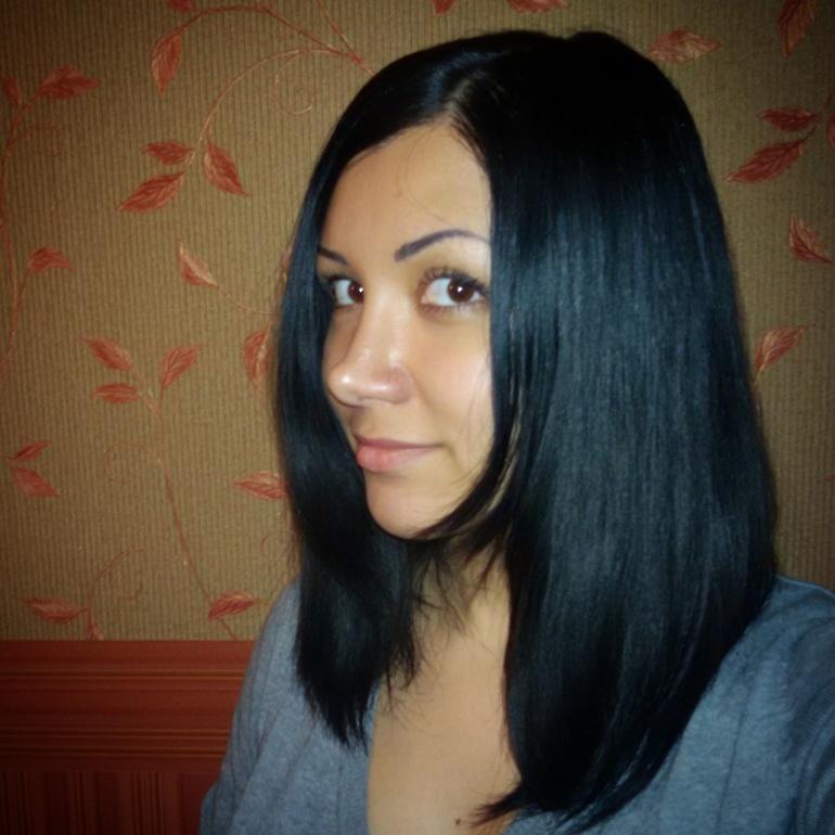 Удлинённое каре на черные волосы