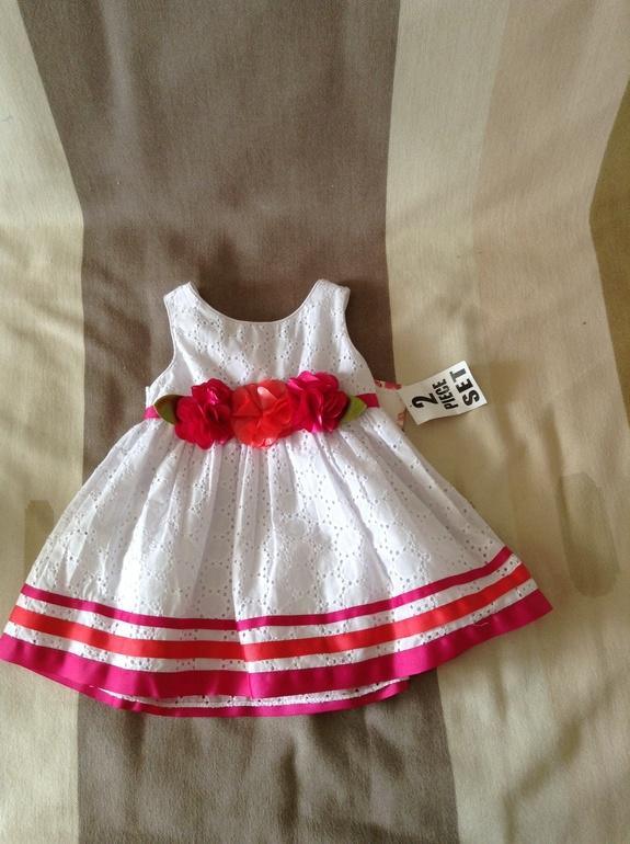 Продам новое нарядное летнее платье. Размер 18m. Реально на годик. 800 р.