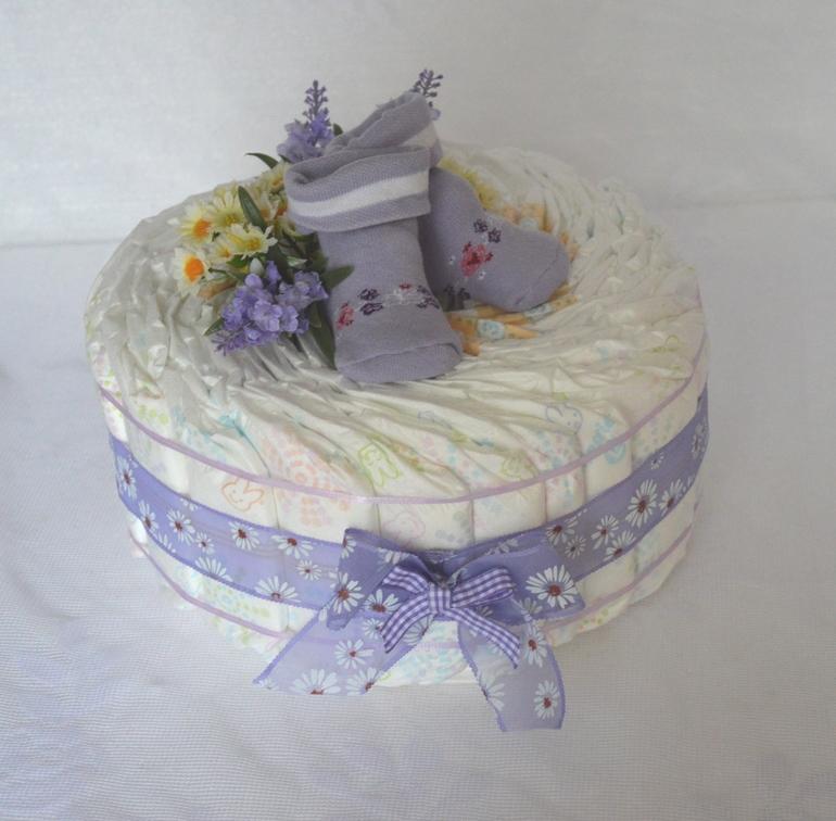 Торт из памперсов для девочки своими руками одноярусный 33