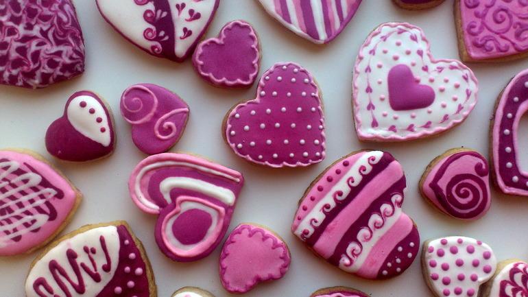 Печенье с рисунками из цветной глазури