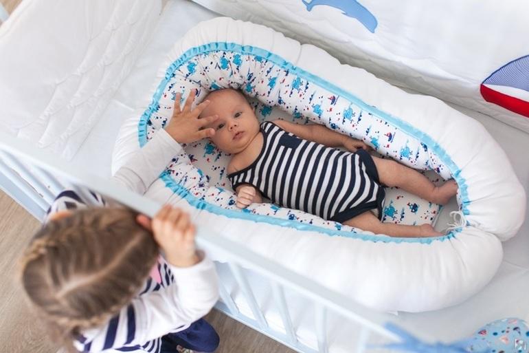 Гнёздышко для новорожденного своими руками