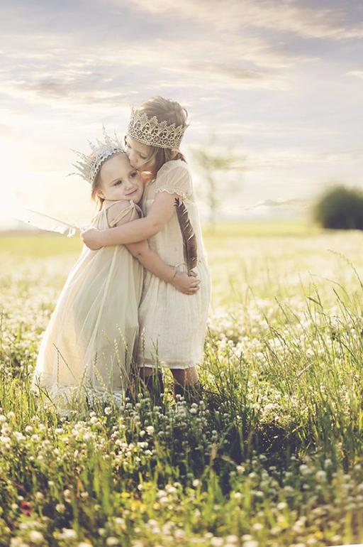 Стих две сестры про сестру