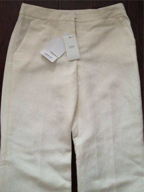 Продам  брюки  Armani,молочного  цвета.