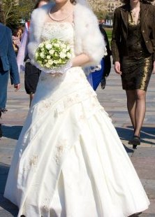Продается свадебное платье б/у