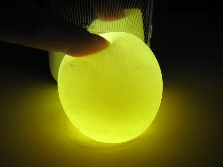 Как сделать светящиеся резиновое яйцо