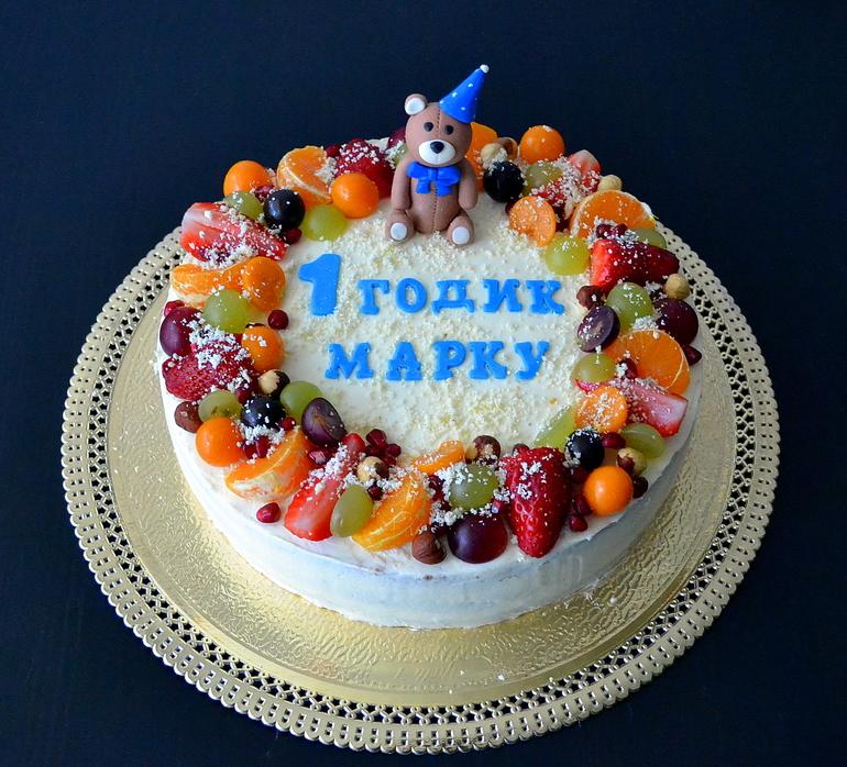 Как украсить торт на годик без мастики