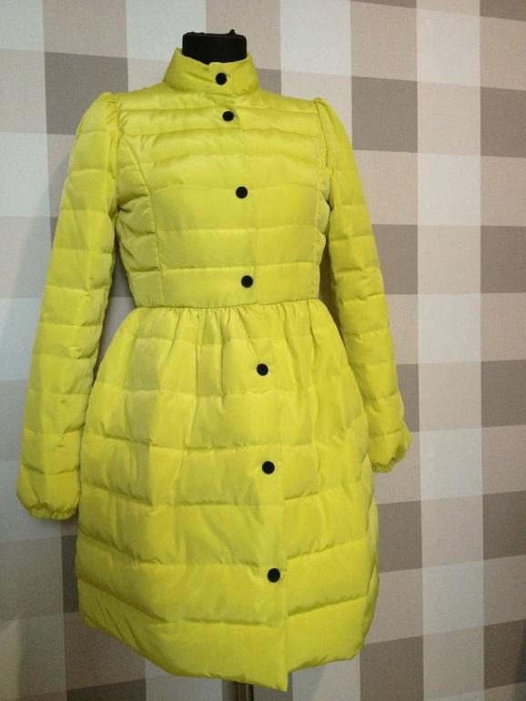 Пальто-платье  Valentino        3100р    В  наличии  М,Л