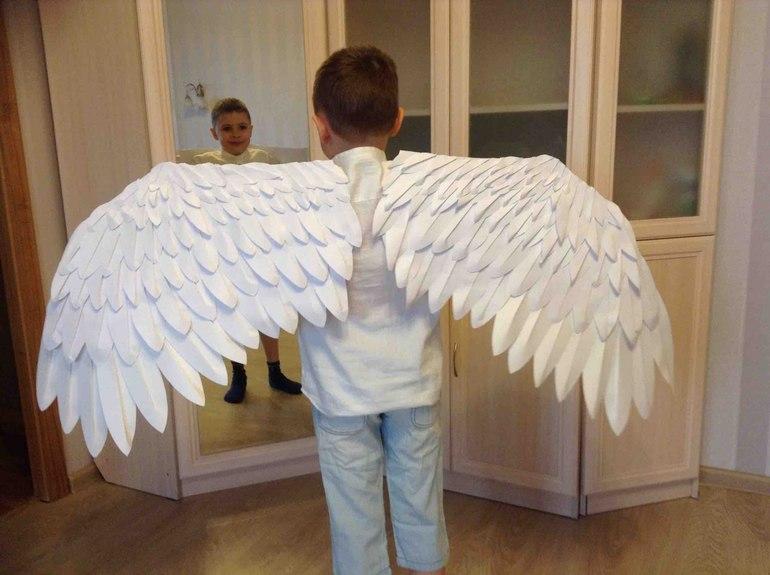 Как сделать крылья воробья из картона