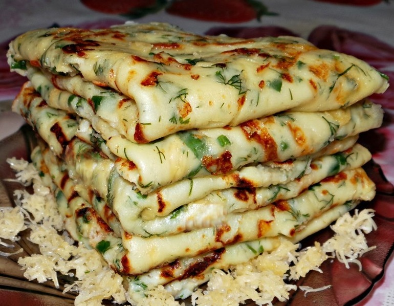 Рецепт блинов с зеленью и сыром фото