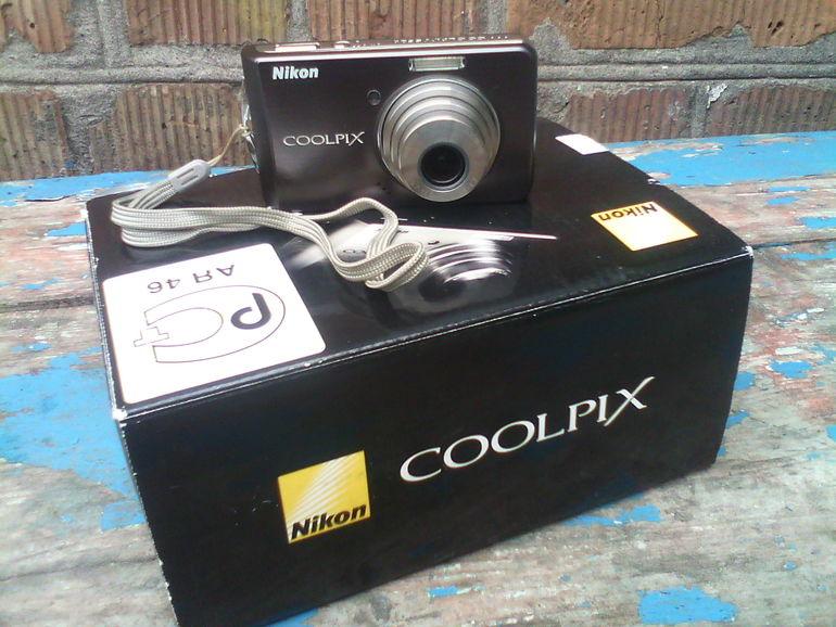 Продам цифровой фотоаппарат Nikon Coolpix S520 1000 грн!