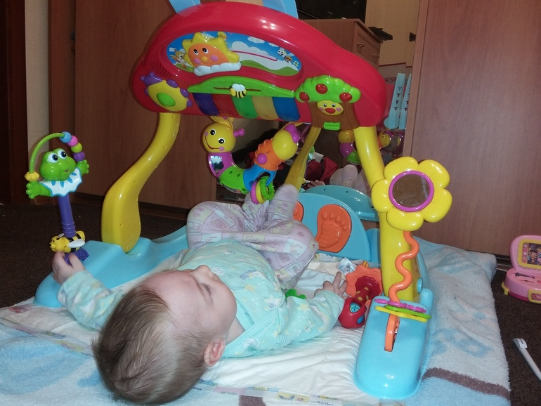 Игрушки для ребенка 4 месяца