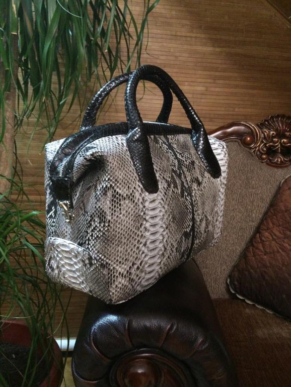Мужские сумки из кожи змеи