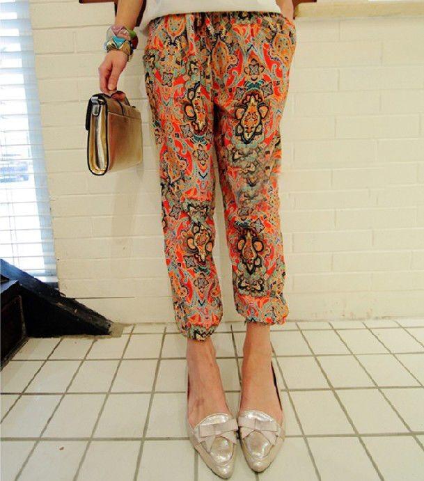 Женские свободные брюки с цветочным принтом - 210 р - 2 дня